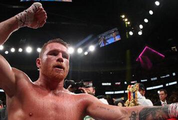 Boxeo: mexicano 'Canelo' Álvarez machaca al turco Yildirim en tres asaltos