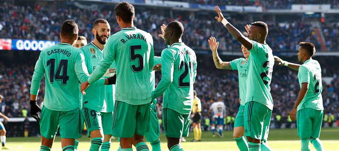 El Real Madrid acaricia La Liga tras ganar sufriendo al Granada