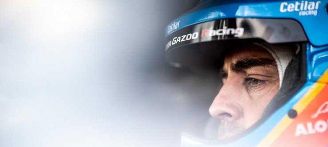 Fernando Alonso logra el mejor tiempo en los ensayos de final de temporada