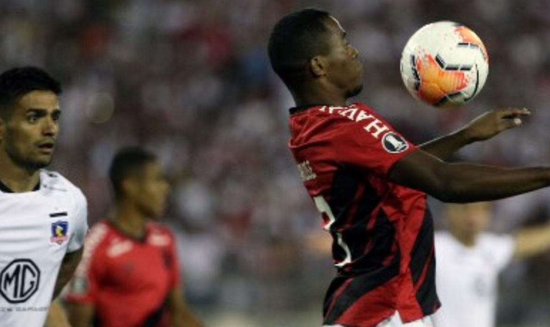 Chile deja en la incertidumbre reinicio del fútbol por el COVID-19