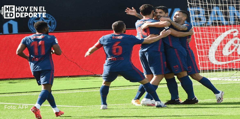 Atlético es un líder que sabe remontar, Barcelona gana sin Messi