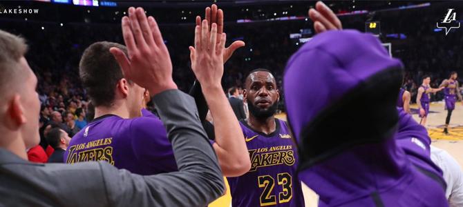"""El """"Rey' LeBron James y los Lakers a por el trono histórico de la NBA"""
