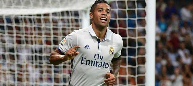 El Real Madrid sigue sin carburar y se deja dos puntos en Villarreal