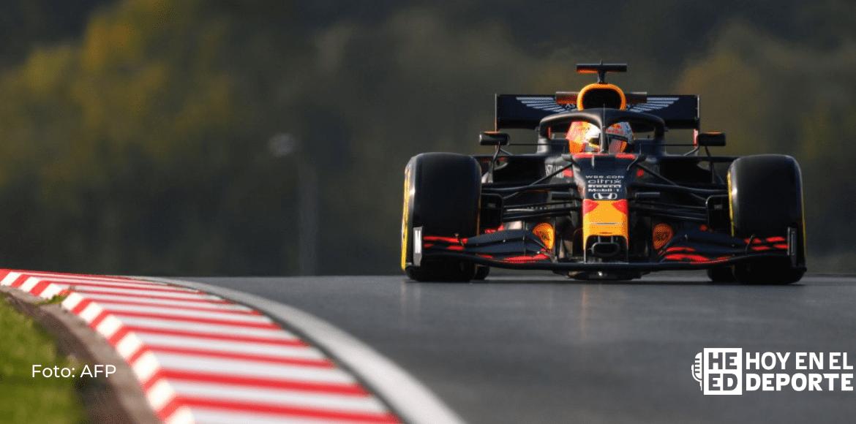 Verstappen lidera el primer día de ensayos de pretemporada de F1