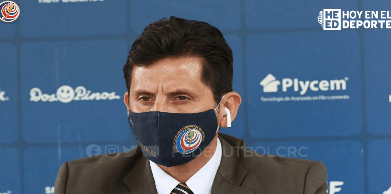 "Rónald González seguirá ""viendo jugadores"" en amistoso ante USA"