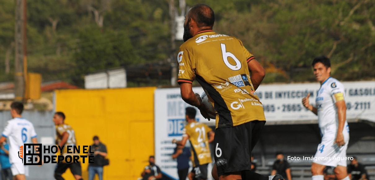 Aserrí FC sacó un punto sobre la hora ante Consultants