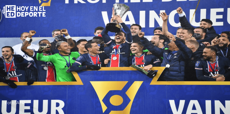 París SG gana Supercopa francesa, primer título para Pochettino como entrenador y otro para Navas
