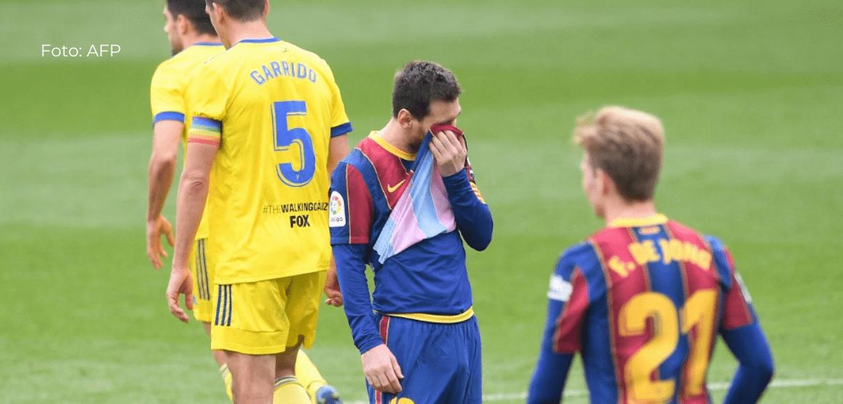 Barcelona tropieza en casa contra el Cádiz