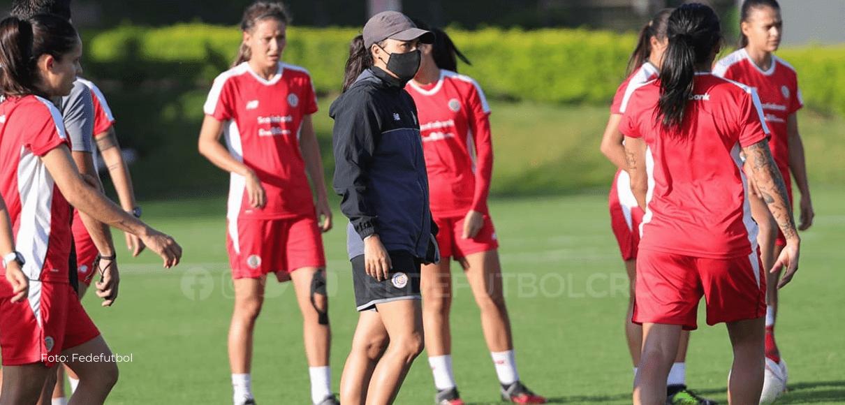 """Amelia Valverde: """"Nuestra responsabilidad era llevar el ritmo de juego"""""""