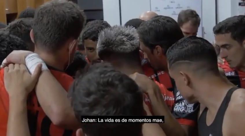Emotivo discurso de Venegas antes del clásico (VIDEO)