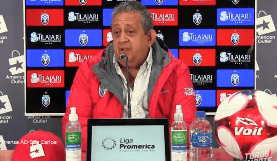 Directiva aceptó renuncia de Jeaustin Campos