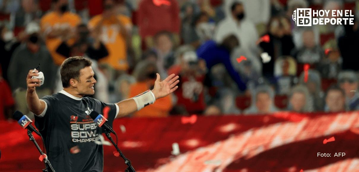 Tom Brady recibe el quinto MVP de un Super Bowl de su carrera