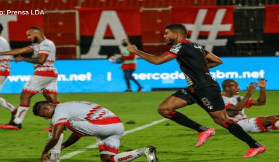 Johan Venegas visitará el Saprissa por primera vez desde su regreso a la Liga