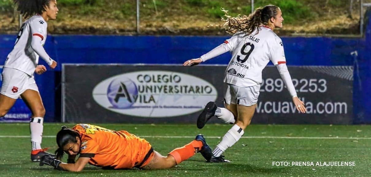 Alajuelense ganó con doblete de Maria Paula Salas