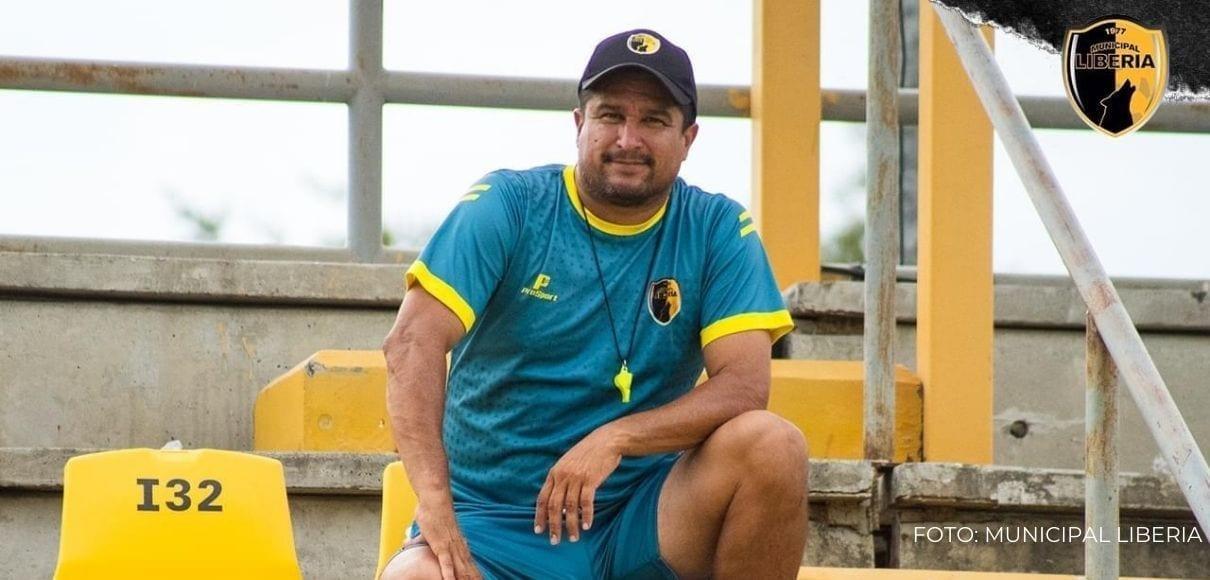 Christian Oviedo y Pablo Izaguirre quedan fuera del Municipal Liberia