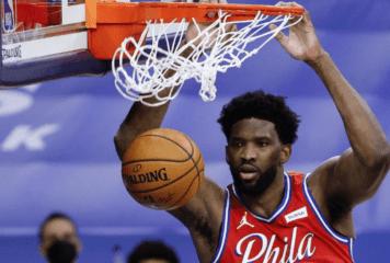 Philadelphia arrasa a Atlanta y sella su boleto para los playoffs NBA