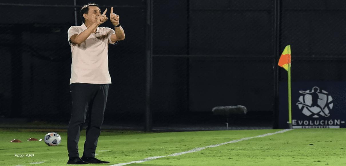 Alexandre Guimarães tiene un rendimiento positivo en eliminatorias mundialistas