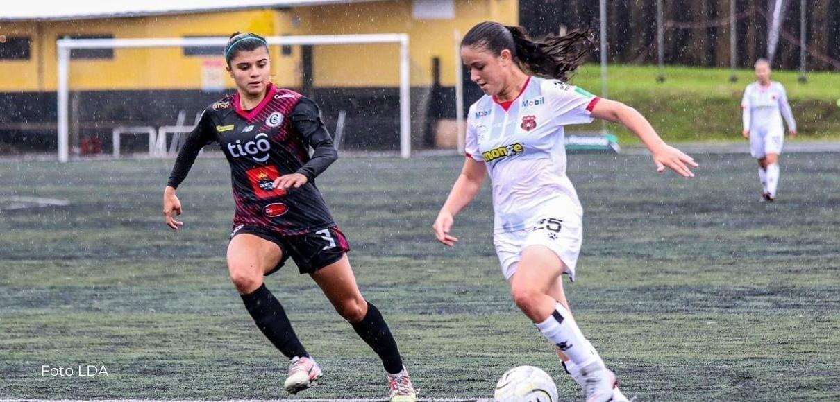 Alajuelense clasificó a semifinales tras golear a Coronado