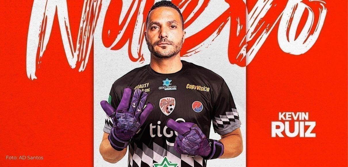 """Kevin Ruíz sobre Santos: """"Es el que juega mejor al fútbol"""""""