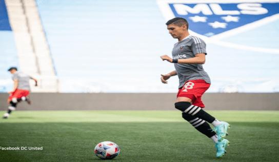 Joseph Mora salió expulsado en duelo de ticos en la MLS