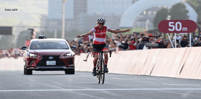 La austriaca Kiesenhofer sorprende a las holandesas y gana el oro en ruta