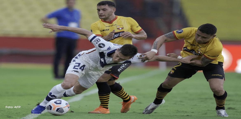 Barcelona remonta la serie y elimina a Vélez de la Libertadores
