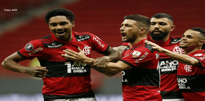 Flamengo a cuartos de la Libertadores al golear 4-1 a Defensa y Justicia