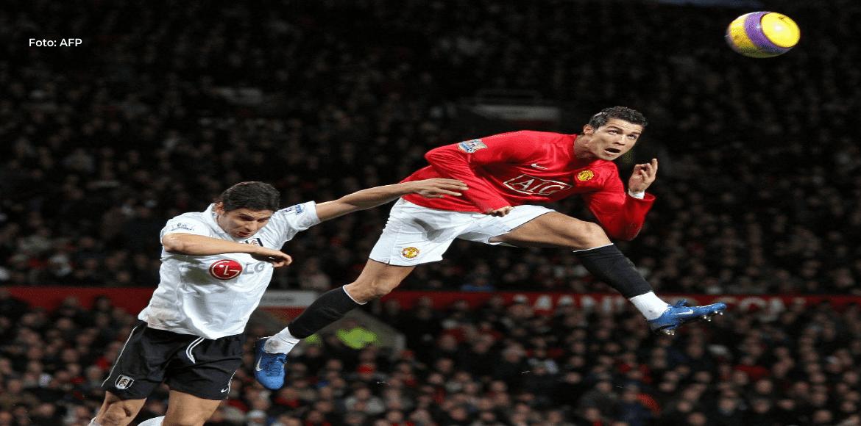 Cristiano logra doblete en su regreso a Old Trafford y deja al United en lo más alto