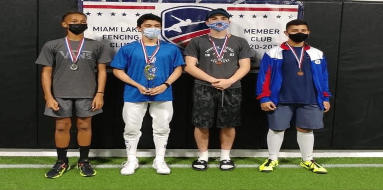 Daniel Ojeda ganó torneo de esgrima clase A en EE.UU