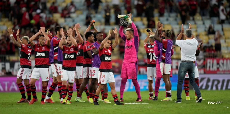 Flamengo olfatea la final de la Libertadores al derrotar 2-0 a Barcelona