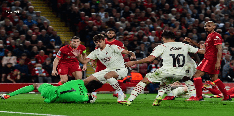 El Milan pierde 3-2 en Liverpool en su regreso a la Champions