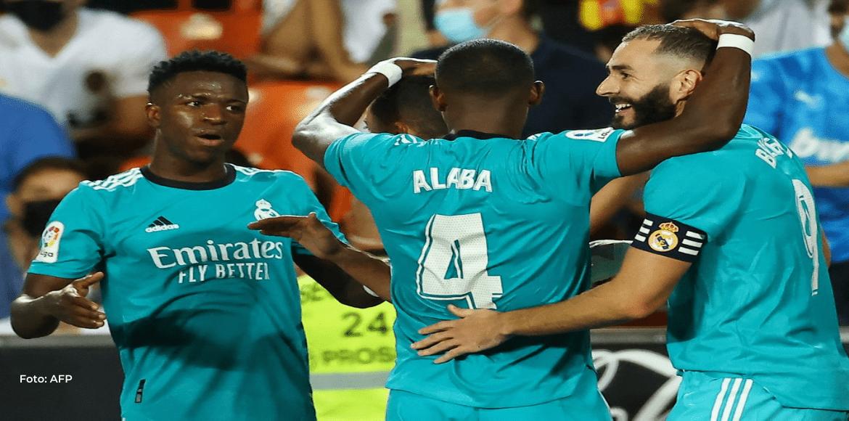 Vinicius y Benzema remontan ante el Valencia y el Real Madrid sigue líder