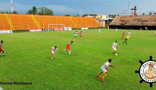 Marineros y Garabito se repartieron los puntos en un partido lleno de goles