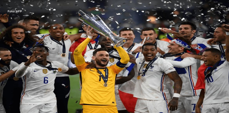 Francia asciende al podio del ranking mundial FIFA